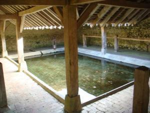 Lavoir de Cessoy-en-Montois