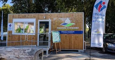 Le bureau d'informations touristiques de Bray-sur-Seine.